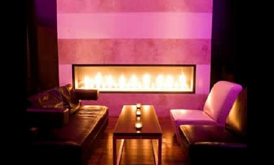 Sexy fireplace sitting area - Picture of Sugar Cafe, San Francisco ...