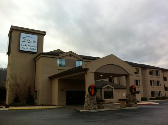 Smoky Mountain Inn & Suites: Best of what the Smokies has to offer!!!