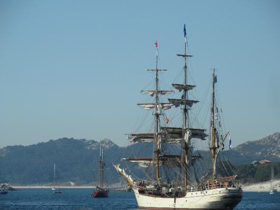 Playa de Rodas: barcos