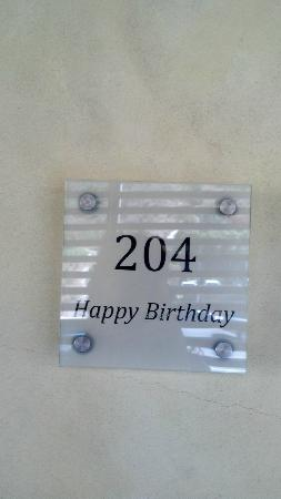 Malibu Beach Inn: At our door on my birthday.