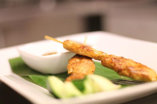 Ting Hai : Chicken Satay