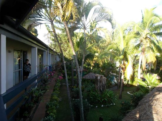 Capricorn Fiji Hotel: Most rooms overlook the gardens and pool area
