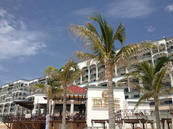 Pelicanos Cancun Restaurant Reviews Amp Photos Tripadvisor