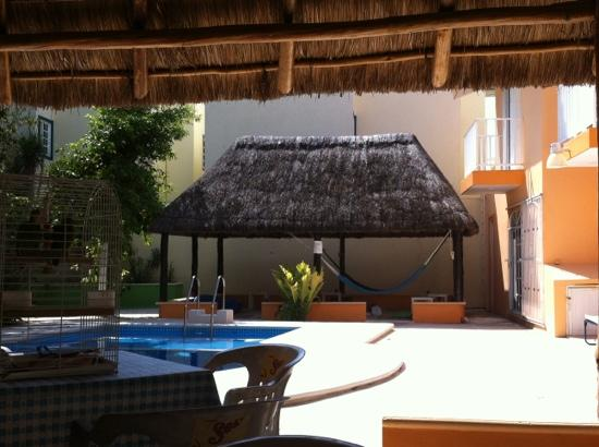 Hacienda del Sol: chill out.