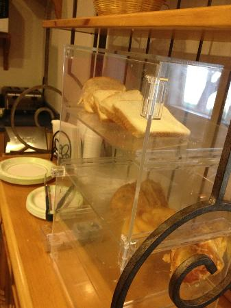 """Microtel Inn & Suites by Wyndham Brush: the extent of the """"bread"""" offerings"""