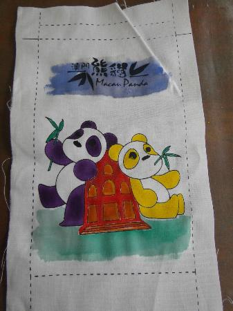 Seac Pai Van Park: This is supposed to be a small bag, I need to finish the sewing at home.