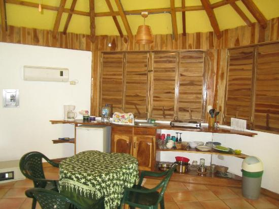 Hotel Buenisimo: The mini-kitchen in our Casita.