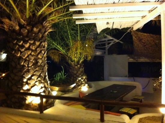 Sottovento Gourmet Mediterranean Cuisine : tavoli suggestivi!!!