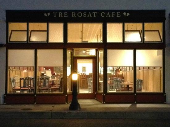 Tre Rosat Cafe: front of building