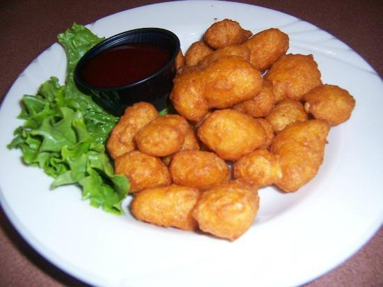 Avalon Hotel & Conference Center: Bridgeport's cheese curds