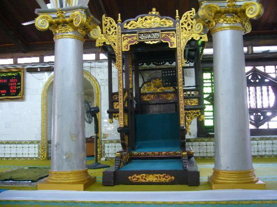 Kampung Kling Mosque: ここでコーランを唱えます