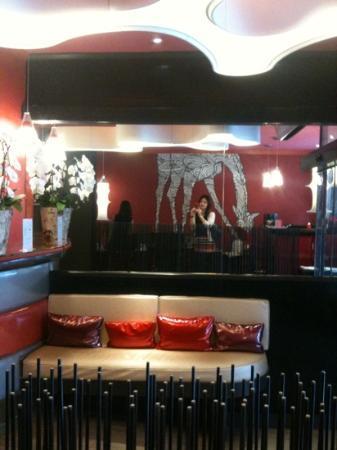 Hotel Tivoli Etoile: chic lobby