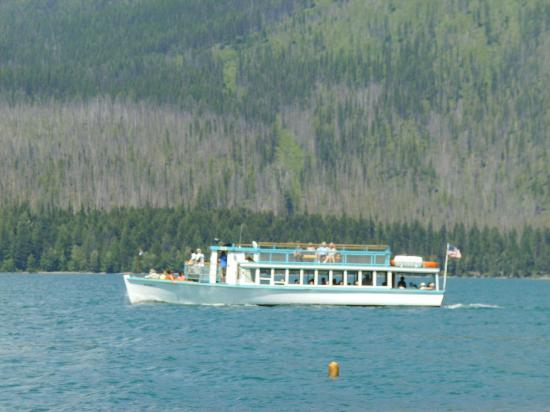 Lake McDonald Lodge: Boat tour