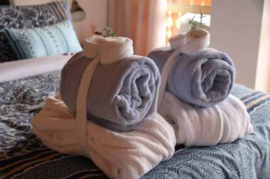 Chalet Romantica: fluffy bathrobs and towels for our guests
