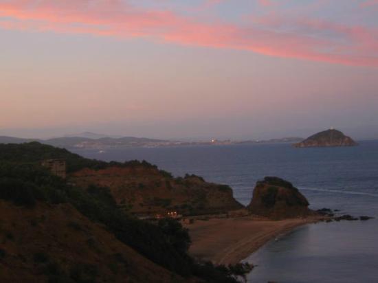 Rio Marina, Italien: Vista dalla Residenza Rio Albano Spiaggia di Cala Seregola