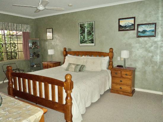 Armadale Cottage Bed and Breakfast: Kiwi Room