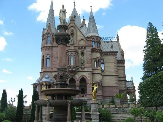 Königswinter, Allemagne : Drachenfels Castle