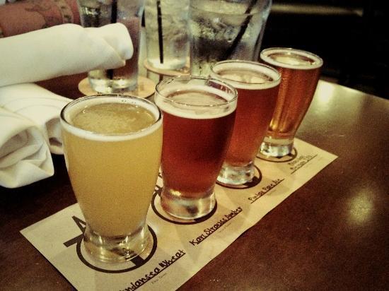Karl Strauss Brewing Company: Beer Flight