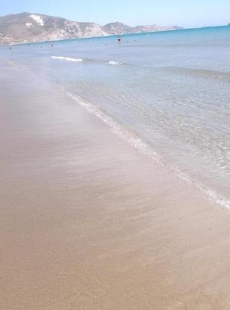 Kalamaki beach at 3 pm