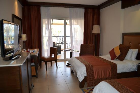 Grand Rotana Resort & Spa : room with front sea view