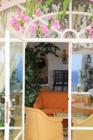 Le Sirenuse Hotel: Sitting area
