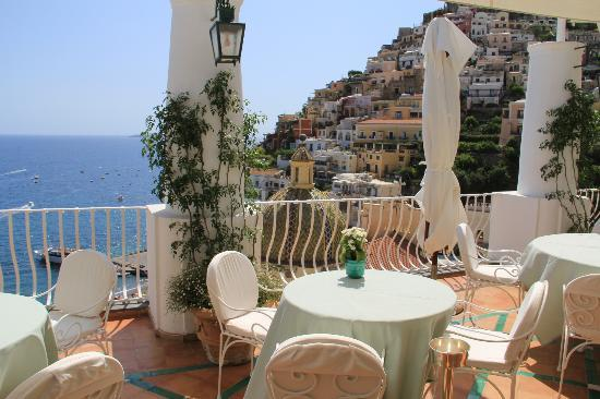 Le Sirenuse Hotel: Oyster & Champagne Bar