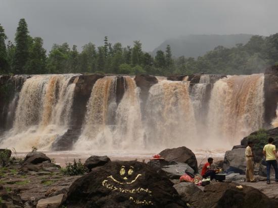 Saputara India  city photos : Saputara, India: WaterFall Gira