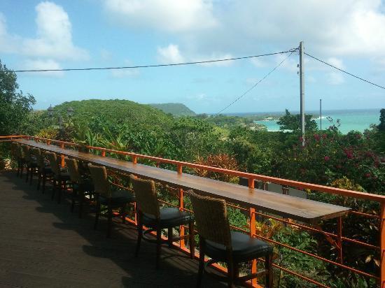 Sky Garden Hotel: cloud restaurant