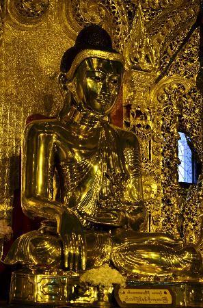 Botahtaung Pagoda: พระพุทธรูปทองคำ