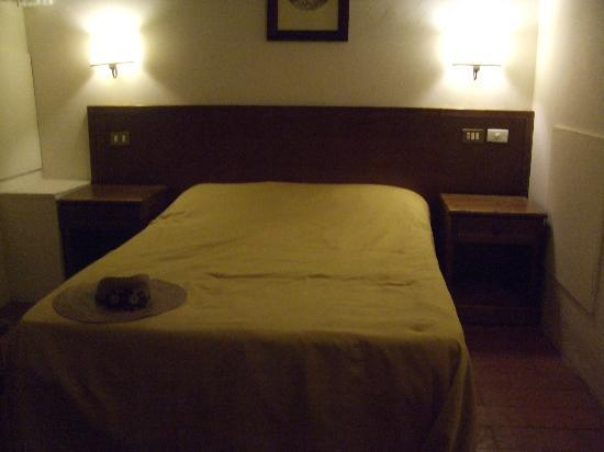 Villa Dini: Bedroom 2, nice & cool at night, but has waste pipe problem!