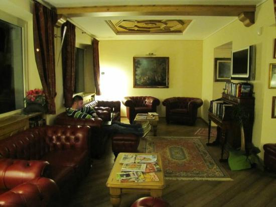 Hotel Bes : sala lettura