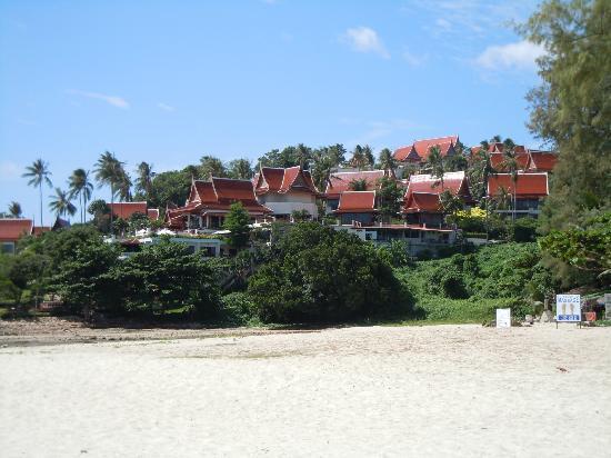 Q Signature Samui Beach Resort: Q Signature from Choeng Mon Beach