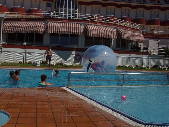 Hotel Spa Nanin Playa: animación-2