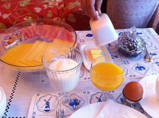 Vondel View B&B: colazione/breakfast 2