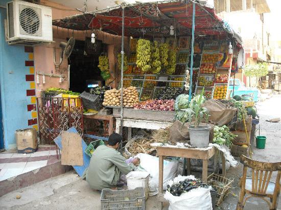 Hurghada, Egypt: Fruit shop