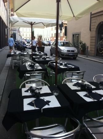 l'esterno Taverna Spagnola