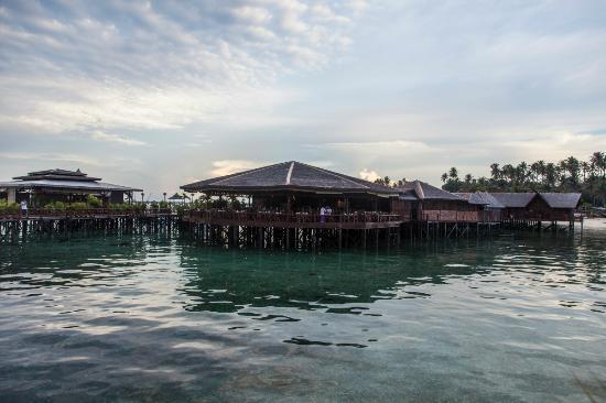 Sipadan Water Village: The resturant