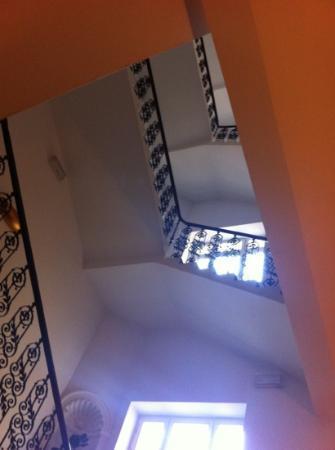 Assenzio: escalera