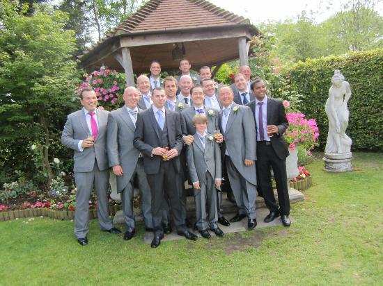 Little Silver Country Hotel: The boys at gazebo