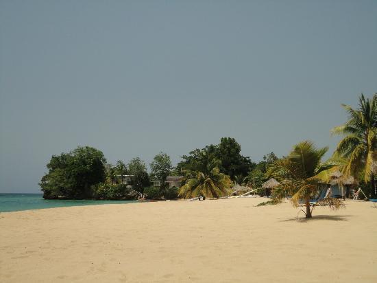 Jamaica Inn : einsamer Strand
