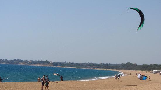 Mati - Bouka Beach: Παραλία Μάτι