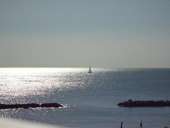 Hotel Sunrise: mare San benedetto del Tronto