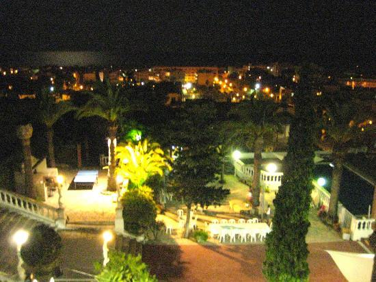 Altafulla, Espagne : Ausblick vom Zimmer nachts