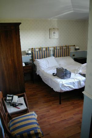Hotel Arcobaleno: la camera-piccionaia....