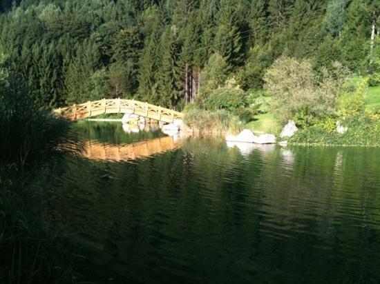 Erlebnis Comfort Camping Aufenfeld: Near Lake
