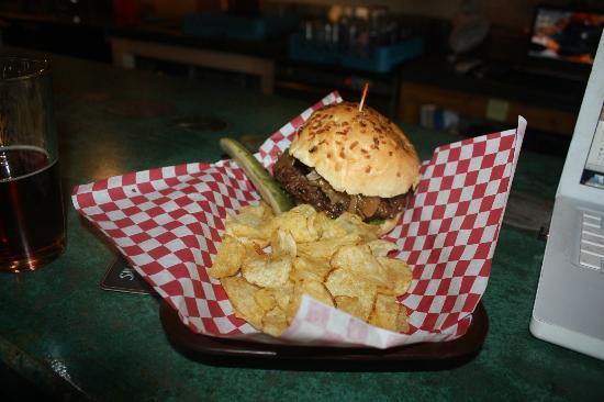 Salmon River Brewery : The Elk Burger