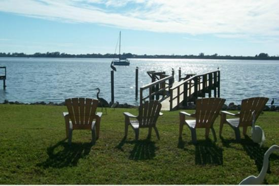 Buchan's Landing Resort: Visit a place where you can hear fish jumping.
