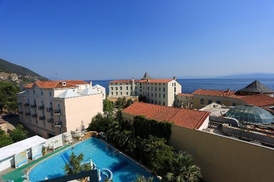 Edipsos, Grecia: Uitzicht bovenste familiekamer