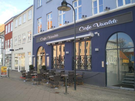 cafe vivaldi stændertorvet