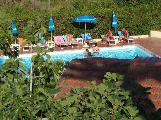 Villaggio Turistico La Valdana: piscina la valdana